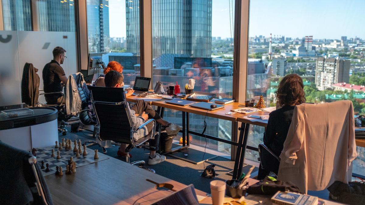 Actiu, la empresa española especializada en diseño que está detrás de la creación de miles de oficinas en todo el mundo, anticipa cómo cambiarán los espacios de trabajo tras el coronavirus