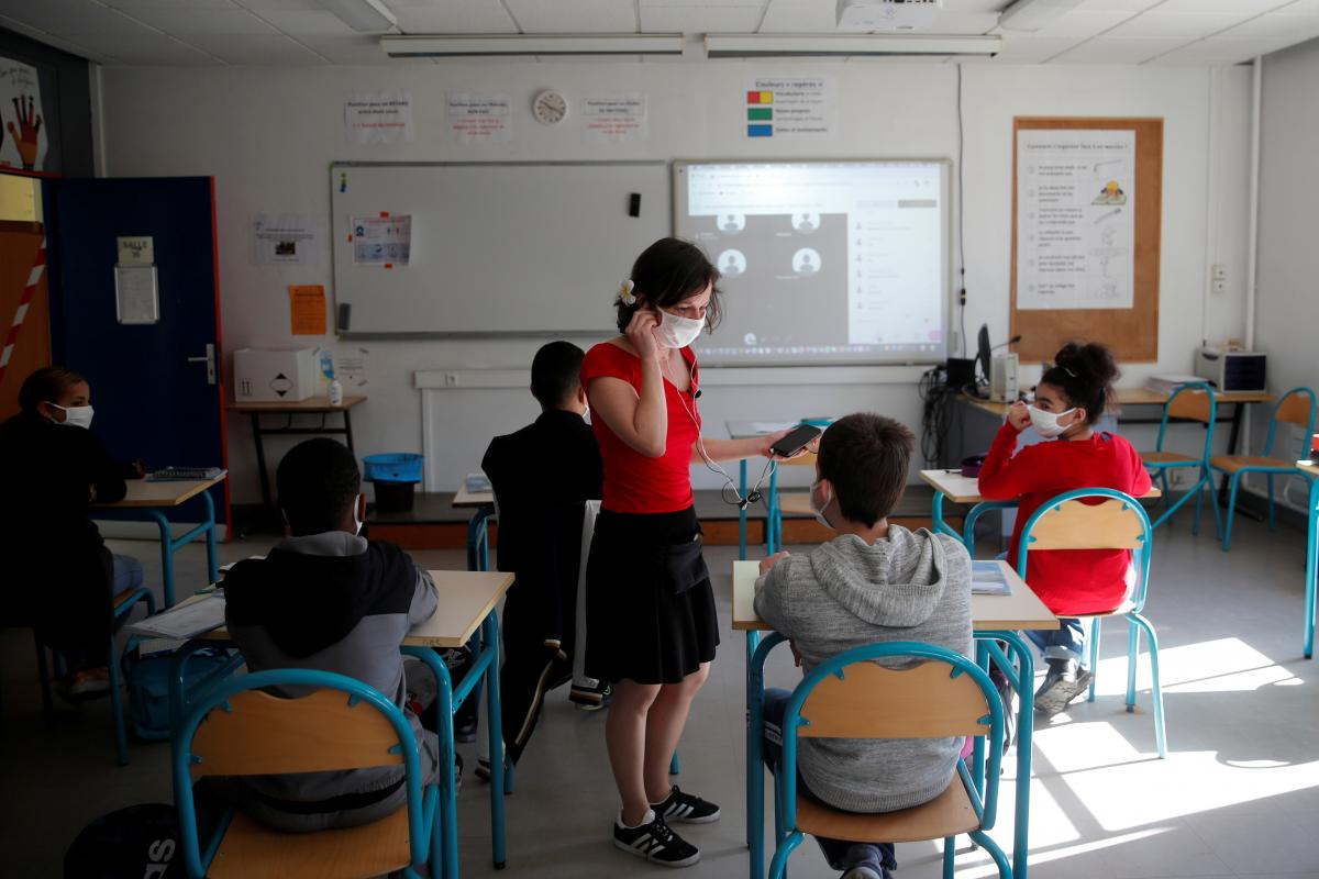 """Los centros educativos se aproximan al inicio de curso con la incertidumbre de cómo adoptar las medidas para asegurar una vuelta a las aulas sin riesgo: """"todo eso sin tiempo y sin previsión no se puede hacer"""""""