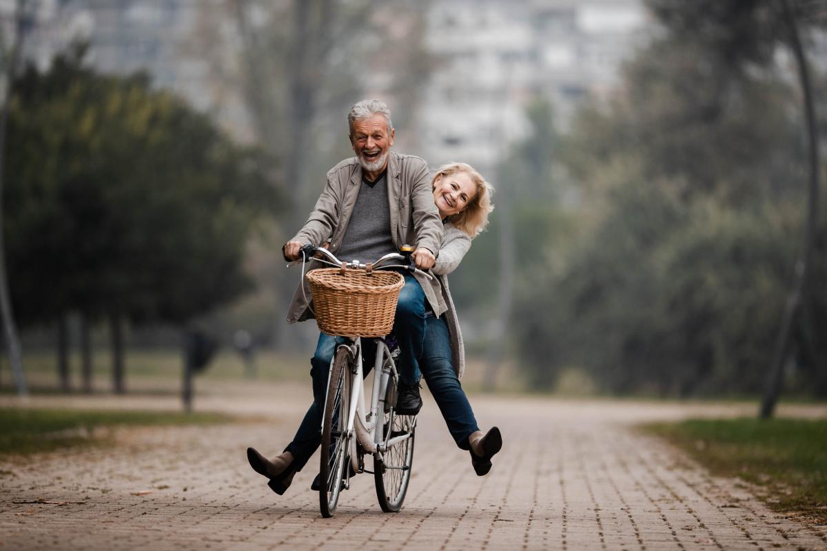 Pensionistas-jubilados-2162661