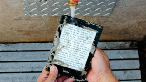 Amazon Kindle Paperwhite, ahora resistente al agua