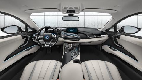 cinco hibridos mas rapidos BMW i8 interior