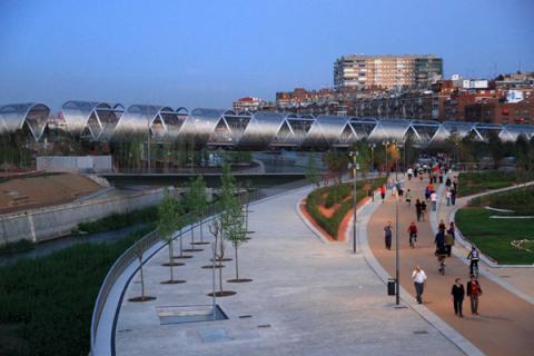 Panorámica de Madrid Río: todo un lujo hacer running al borde del Manzanares