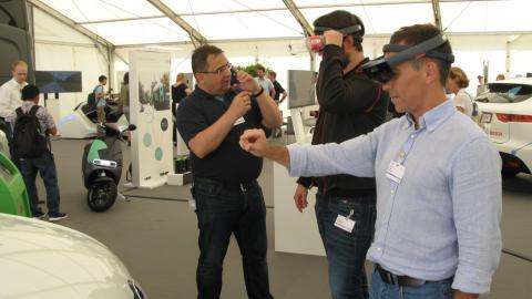 Realidad aumentada como asistente para mecánicos, una innovación lista que busca socios entre los fabricantes