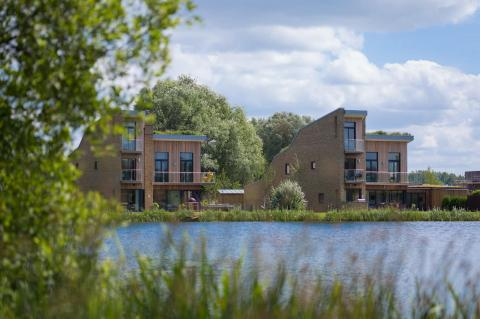 2 casas Habitat 2 Lago Spinney