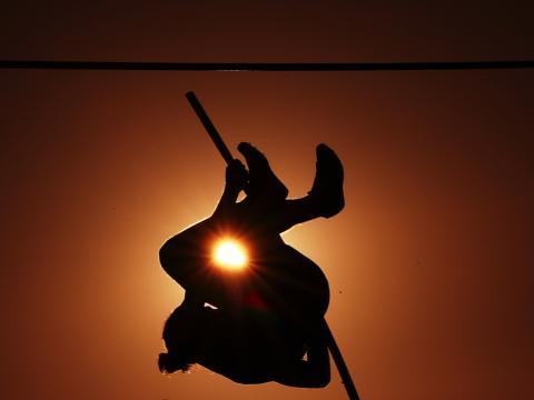 fotos deporte 2017: Un disparo escénico durante de salto de longitud mixto durante el campeonato Zatopek 10 en Melbourne, Australia