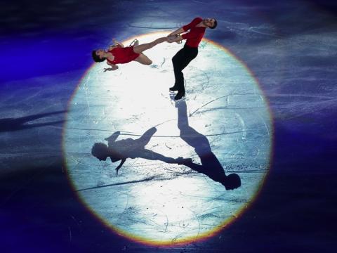fotos deporte 2017: Meagan Duhamel y Eric Radford de Canadá parecen sacados de un musical de Hollywood