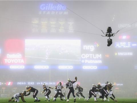 fotos deporte 2017: La niebla oscureció la visibilidad en la revancha entre los Patriots y los Falcons en el Super Bowl