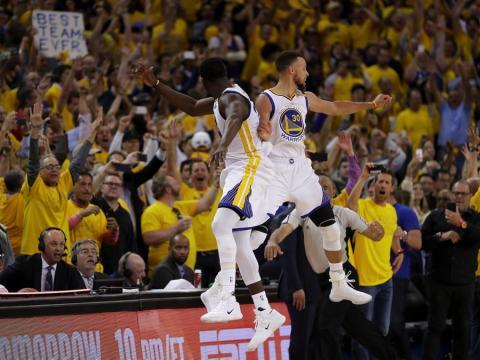 fotos deporte 2017: Los Warriors celebran el campeonato de la NBA