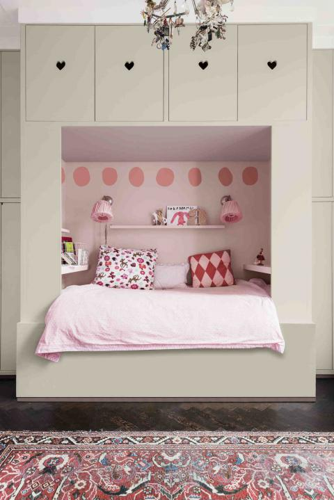 habitacion infantil color palo de rosa