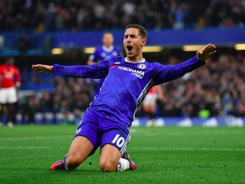 El jugador de fútbol Eden Hazard, del Chelsea, celebra un gol.