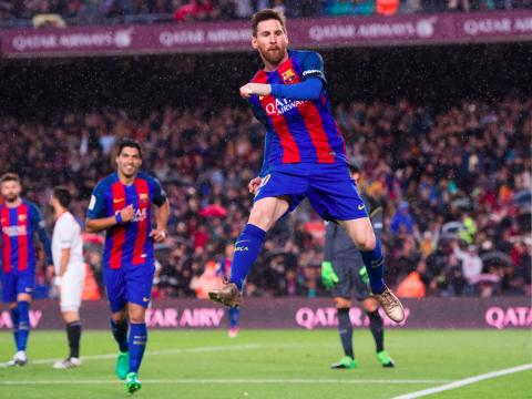 Leo Messi, jugador de fútbol del FC Barcelona, celebra un gol.