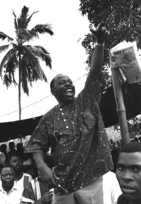 Líder nigeriano Ken Saro-Wiwa