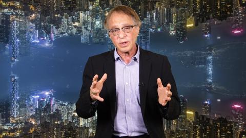 El futurista Ray Kurzweil lleva mucho tiempo prediciendo nuestro futuro como cíborgs.