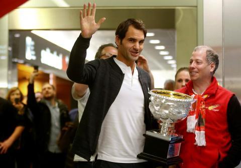 El tenista Roger Federer celebrando su victoria en el Open de Australia 2017.