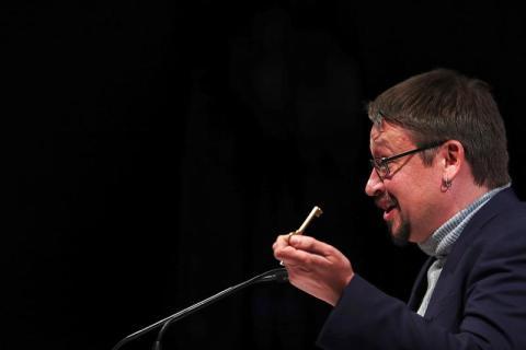 Xavi Domènech, candidato de Catalunya En Comú-Podem, en campaña electoral para el 21D en Cataluña