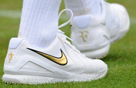 Zapatillas Nike utilizadas por el tenista Roger Federer.