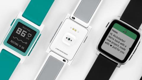 Fitbit anuncia cuándo se quedarán obsoletos los relojes Pebble.