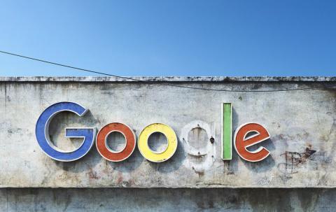 Logo de Google según el artista <strong><a href=