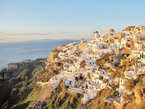 Oia, en la isla de Santorini (Grecia)