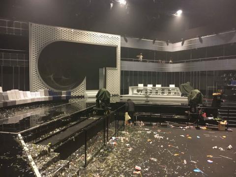 El foso tras el paso de los fans en la gala de Eurovisión de OT 2017.