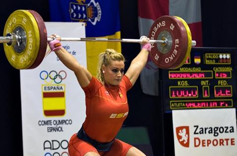 Lidia Valentín, campeona olímpica y mundial en halterofilia