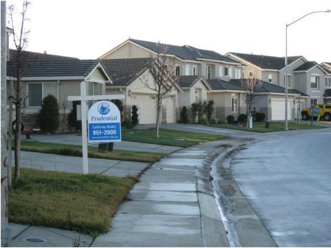 Una imagen de viviendas en Stockton, en el estado de California (EE. UU.)