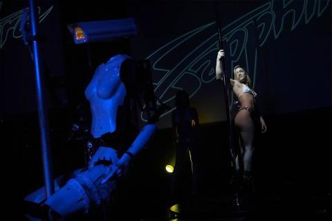 Robots Stripers Sapphire Las Vegas