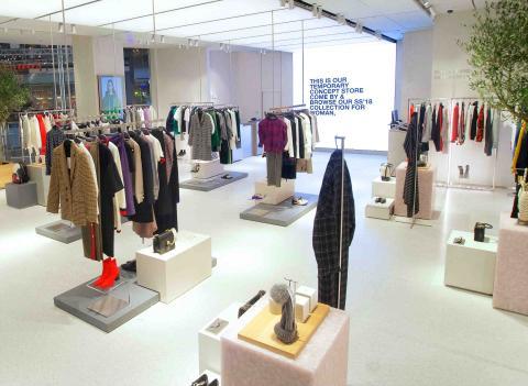 Tienda efímera de Zara para comprar online.