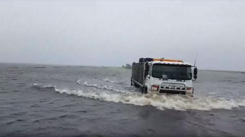 camión inundación