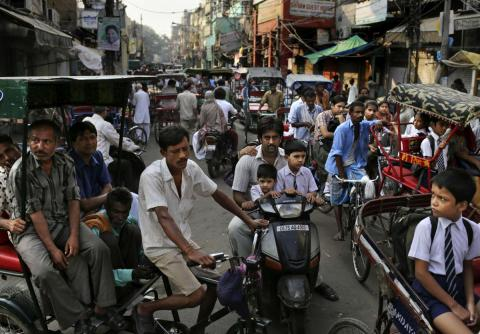 Un mercadillo en Nueva Delhi (India)