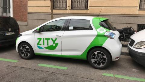 La flota de Zity, última en llegar, es la más moderna y los coches tienen más autonomía espacio en el interior.