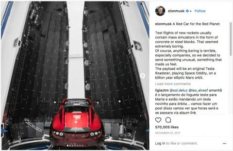 Captura del Instagram personal de Elon Musk con información del Falcon Heavy