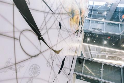 Instalación en el Centro Bloomberg