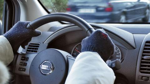 movilidad invernal: guantes y abrigo