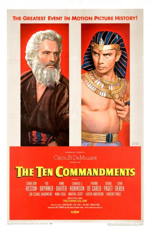 Cartel promocional de la película Los diez mandamientos