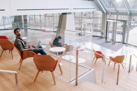 Vestíbulo del Centro de Innovación Tata