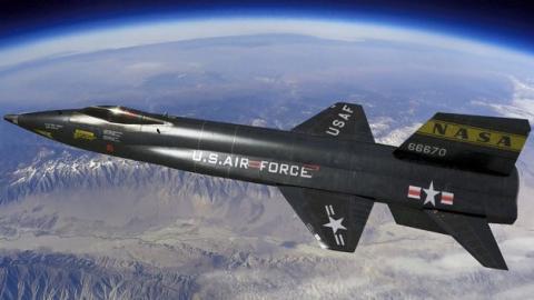 Los 10 aviones tripulados más rápidos del mundo