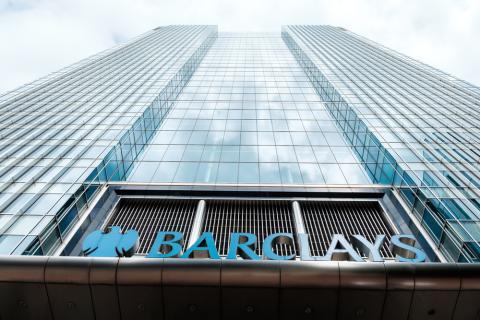 Barclays paga multa a EEUU