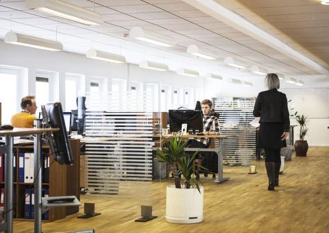 Empresa con trabajadores