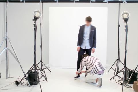 Este es uno de los sets donde se toman las fotos que irán a la web de Zara.