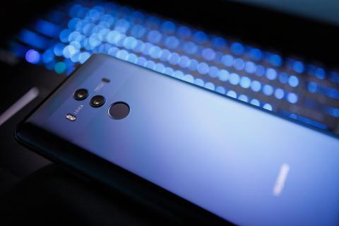 Huawei primer móvil compatible blockchain