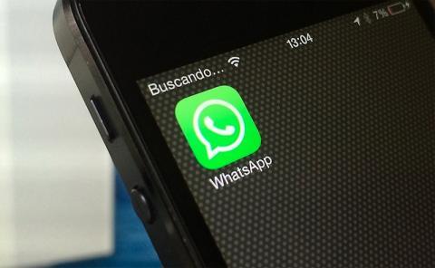 Sanción WhatsApp Facebook