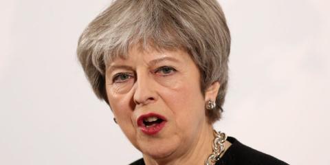 Theresa May expulsa a 23 diplomáticos rusos