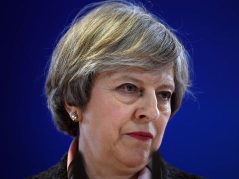 Theresa May declara ante los miembros del parlamento