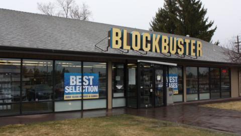 El último Blockbuster que permanece abierto en todo el mundo, en la localidad de Bend, Oregón.