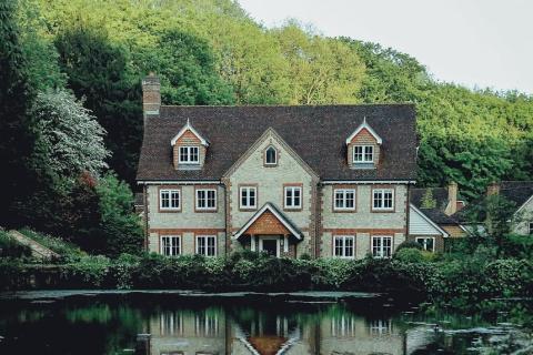 Los impuestos que tendrás que pagar al heredar una vivienda
