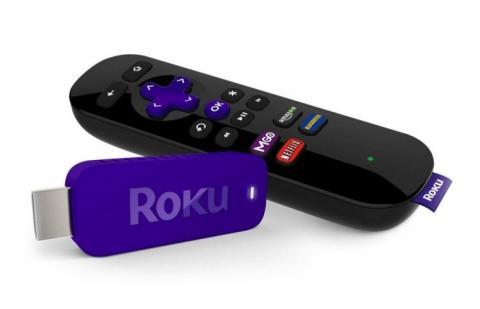 Un mando y un USB Roku