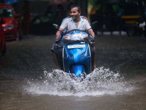 Moto por el agua