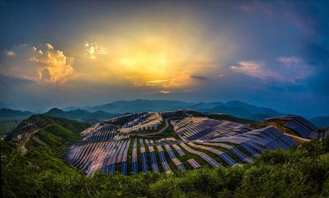 Planta fotovoltaica en Xinyi, China