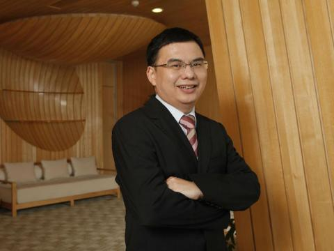 19. Zhang Zhidong, cofounder of Tencent Holdings. Net worth: £11.6 billion ($15.8 billion). Also known as Tony Zhang, he was CTO of Chinese giant Tencent until 2014.